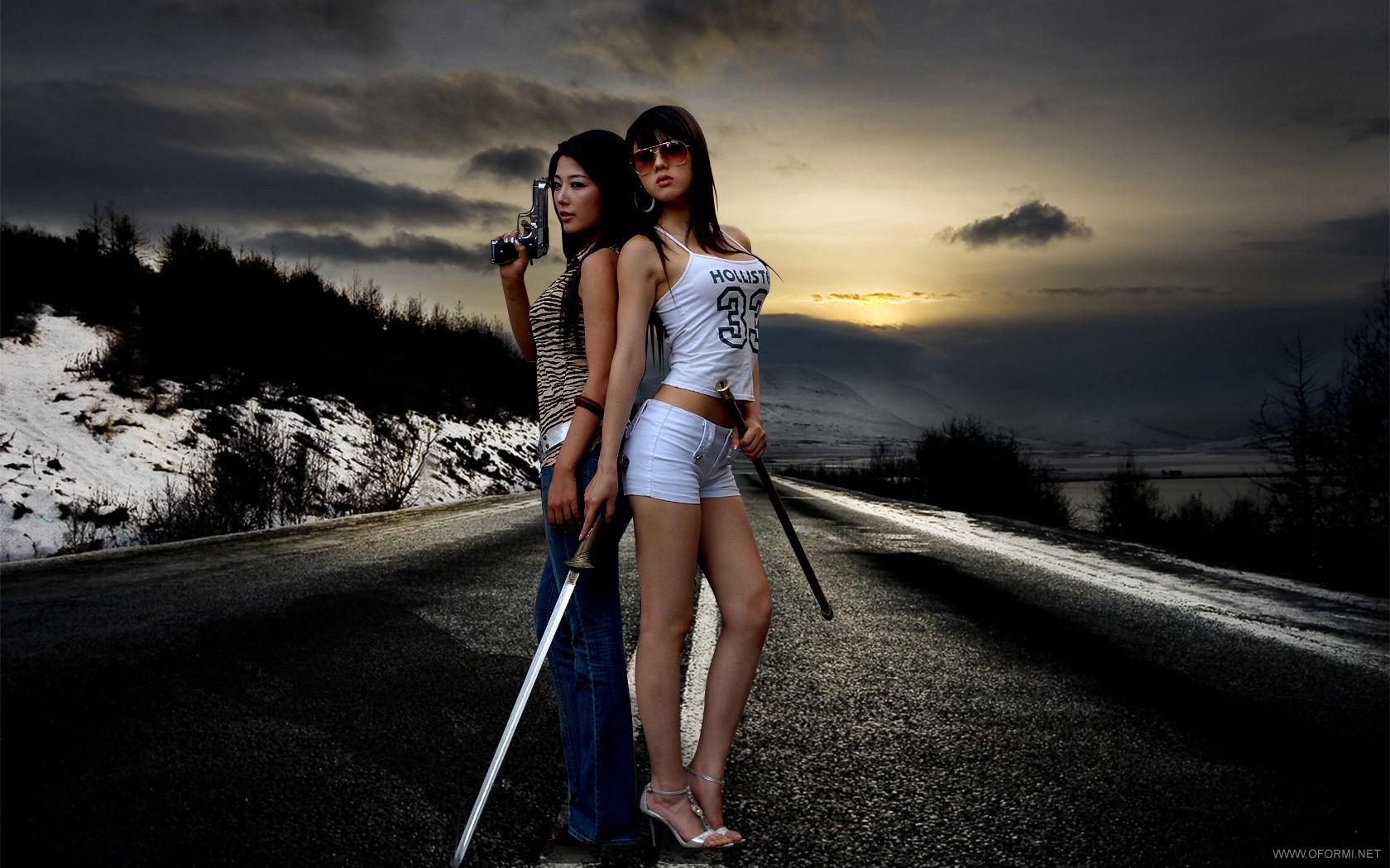 Девушки с оружием девушки с оружием