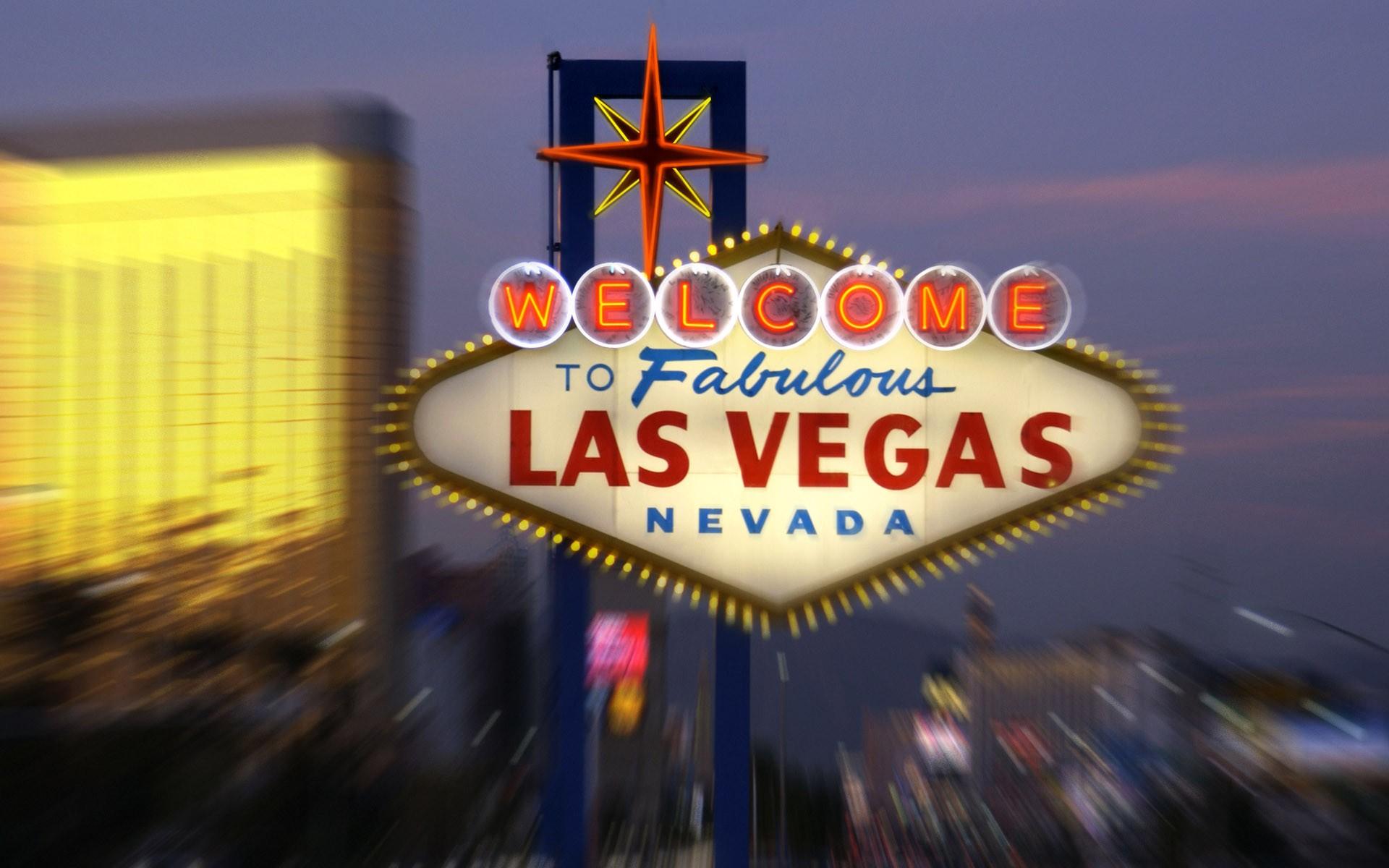 Bello casino las luck mario vegas vegas waitress astrological best date gambling money romance